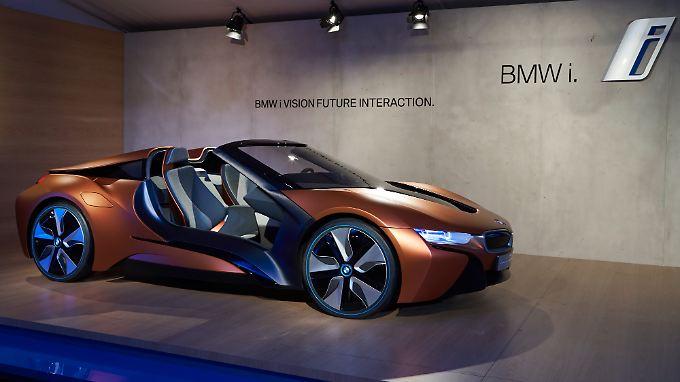 Der BMW i Vision ist en Vorbote auf den i8 Spyder. Auf der CES vollgestopft mit Innovationen.