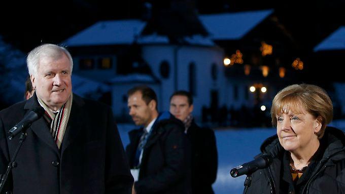 Erstmals in der 40-jährigen Geschichte der CSU-Klausur wird das Treffen von einem Bundeskanzler besucht. In diesem Fall von Kanzlerin Merkel.