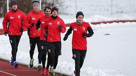 Seit Anfang der Woche befindet sich Augsburg wieder im Training.