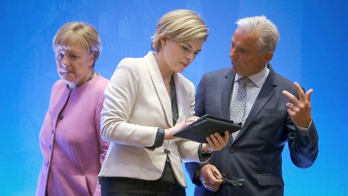 Bundeskanzlerin Merkel und die CDU-Vorstandsmitglieder Klöckner und Strobl in Mainz.