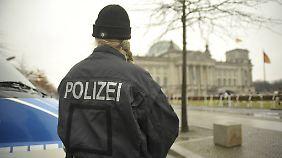 Engagement im Kampf gegen den IS: Steigt die Terrorgefahr in Deutschland?