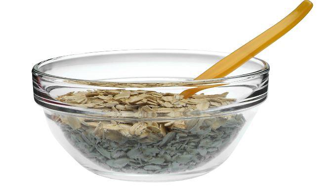 In Müsli stecken viele Ballaststoffe - oftmals aber auch viel Zucker.