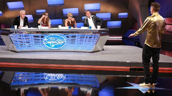 """Die Jury war nicht zu überzeugen: Menderes Bagci (r.) bei """"Deutschland sucht den Superstar""""."""
