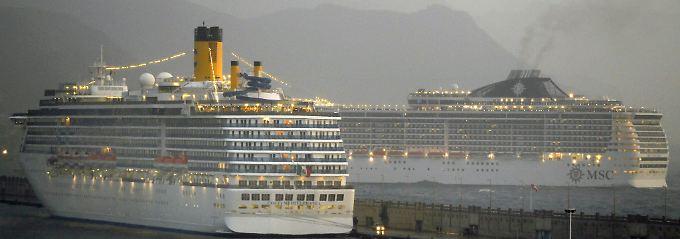 """Die """"MSC Fantasia"""" soll nach eigenen Angaben wegen schlechten Wetters einen sicheren Hafen angelaufen haben."""