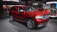 Auch der Dodge Durango macht eine gute Figur in Detroit. Das Familien-SUV besticht zum einen durch die Größe, ...