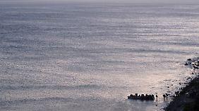 Ohne Besatzung über's Mittelmeer - das macht die ohnehin gefährliche Überfahrt noch gefährlicher.