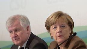 Streit um Flüchtlingspolitik: Kluft zwischen Merkel und CSU wird immer größer
