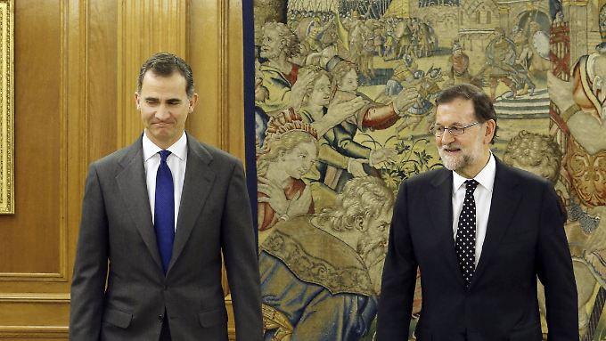 König Felipe empfängt Mariano Rajoy: Der amtierende Ministerpräsident hat keine guten Nachrichten für den Monarchen.