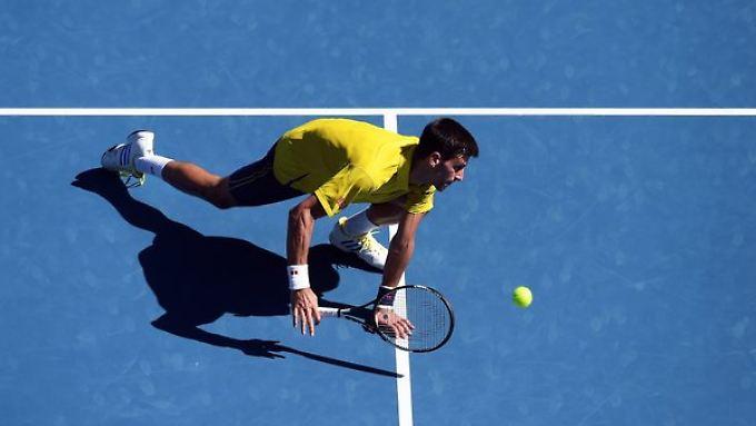 In seiner Achtelfinal-Partie gegen Gilles Simon musste Novak Djokovic Schwerstarbeit leisten.