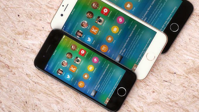 Martin Hajek hat sich das neue kleine iPhone zwar wie ein geschrumpftes 6er vorgestellt, aber die Draufsicht passt ziemlich gut.