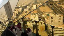 Wüstenstaat plant Reformen: Saudi-Arabien will mehr als nur Öl