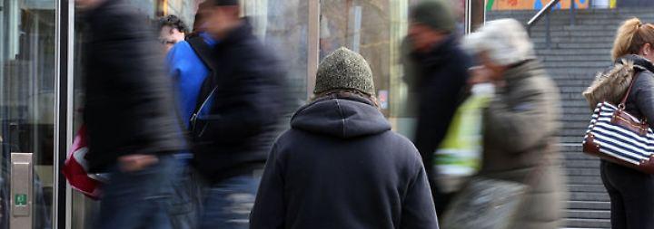 Jedes siebte Kind lebt in Armut: Vermögens-Schere geht weiter auseinander