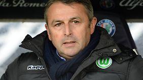 Klaus Allofs wird die vielen Wolfsburger Millionen nicht los.