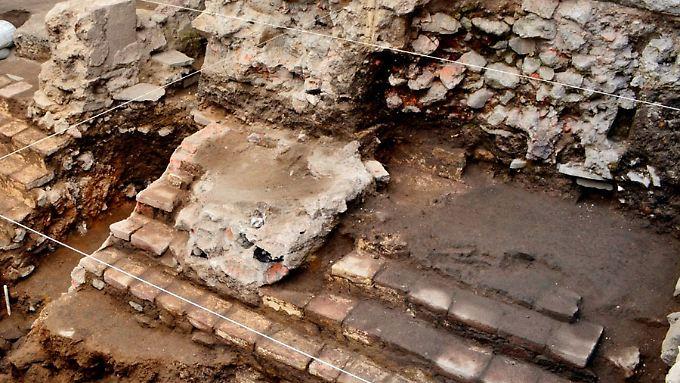 Überreste des zentralen Pelota-Spielfeldes in Mexiko-Stadt.
