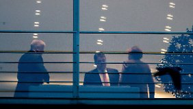 Die drei Spitzen von CDU, CSU und SPD einigten sich auf das Paket.