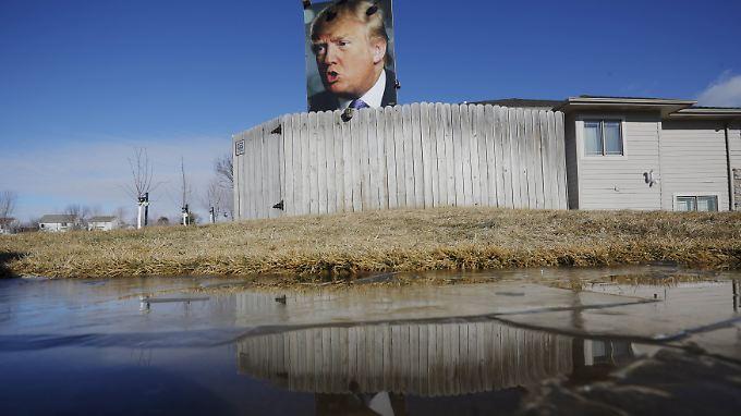 Trump-Plakat in Des Moines: Iowa steht im Fokus der US-Öffentlichkeit.