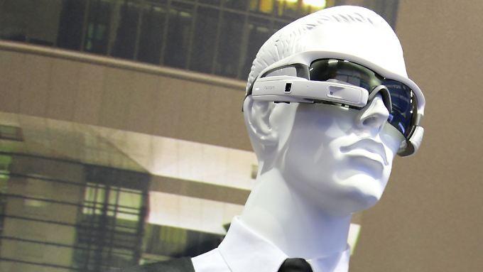 Motorola Media Solutions stellt eine mögliche High-Tech-Ausstattung für zukünftige Polizeibeamte vor.