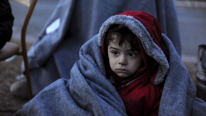 Bis zu 3000 Menschen kommen jeden Tag über das Mittelmeer nach Europa.