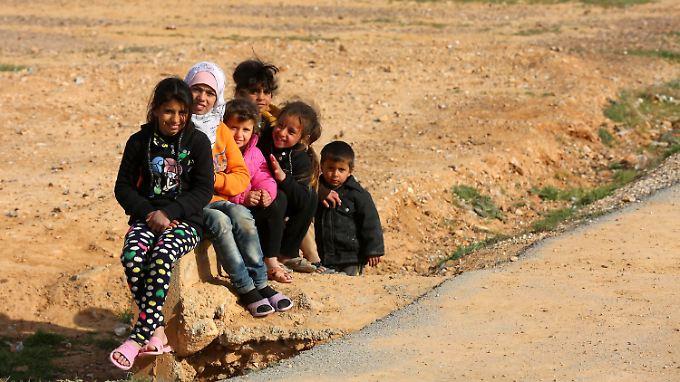 Syrische Flüchtlingskinder in einem Lager in Jordanien.
