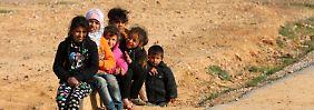 Gefahr von Sexarbeit und Sklaverei: Tausende Flüchtlingskinder verschwunden