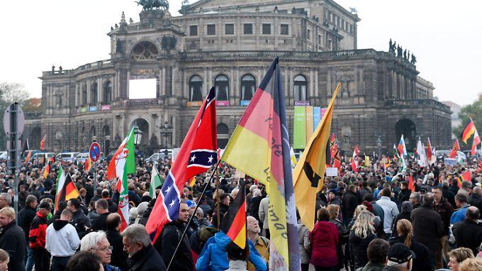 Pegida-Demonstranten in Dresden im Oktober 2015.
