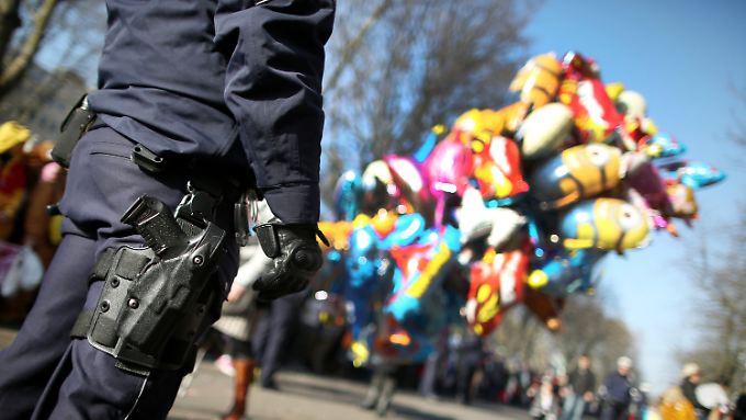 Beim Karneval sollen rund 2000 Polizisten im Einsatz sein.