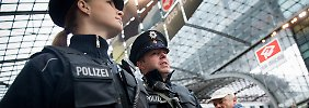 Grenzschutz, Luftsicherheit, Kampf gegen die Kriminalität und Schutz von Bahnhöfen, Fußballspielen und Karneval: Der Aufgabenkatalog der Bundespolizei wird nicht dünner.