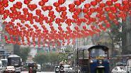 Feuer-Affe besteigt den Thron: Chinesen feiern Neujahrsfest - tagelang