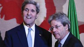Der italienische Außenminister Paolo Gentiloni und US-Kollege John Kerry.
