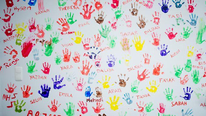 Bei vielen unbegleiteten Flüchtlingskindern und Jugendlichen ist die Identität nicht geklärt. Sie besitzen keine Papiere.