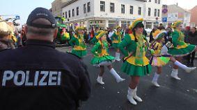 Große Nachfrage nach Pfefferspray: Kölner Karneval startet mit hohen Sicherheitsvorkehrungen