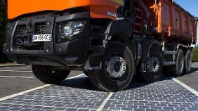 Das Konzept ist so überzeugend, dass Frankreichs Umweltministerin Royal ganze 1000 Kilometer Solarstrasse bauen lassen will.