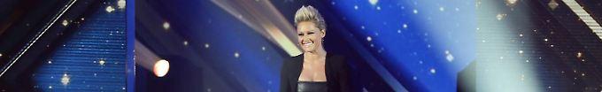 Der Tag: 13:44 Pausenlos Heilige Nacht - Helene Fischer behält ZDF-Show