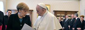 """Europa eine """"unfruchtbare Frau""""?: Papst bekam Anruf von Merkel"""