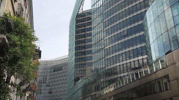 Die EU-Kommission soll bereits etliche Banken befragen.