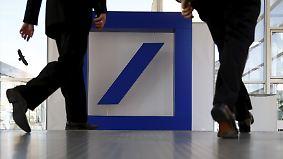 Angeblich Anleihen-Rückkauf geplant: Deutsche Bank bekommt Rückendeckung von Schäuble