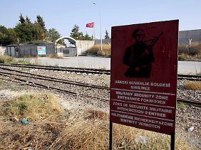 In der türkisch-syrischen Grenzstadt Karkamis befindet sich ein türkischer Militärstützpunkt.