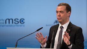"""Wortgefecht auf der Sicherheitskonferenz: Medwedew: """"Wir sind einen neuen Kalten Krieg gerutscht"""""""