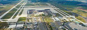 Blick auf den Flughafen Berlin Brandenburg in Schönefeld.