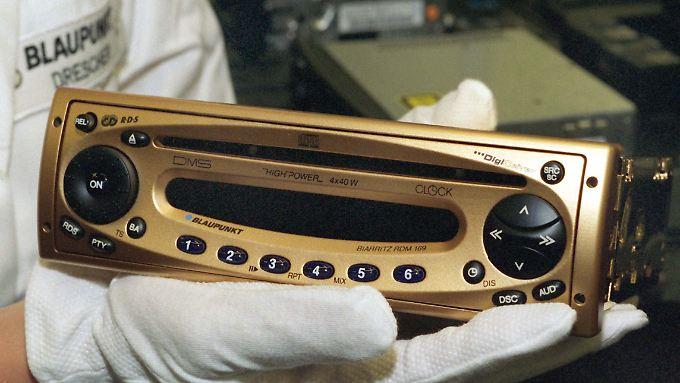 1999 wurde das 100millionste Autoradio bei Blaupunkt gefertigt. Zur Feier des Erfolgs gab es eine vergoldete Version.