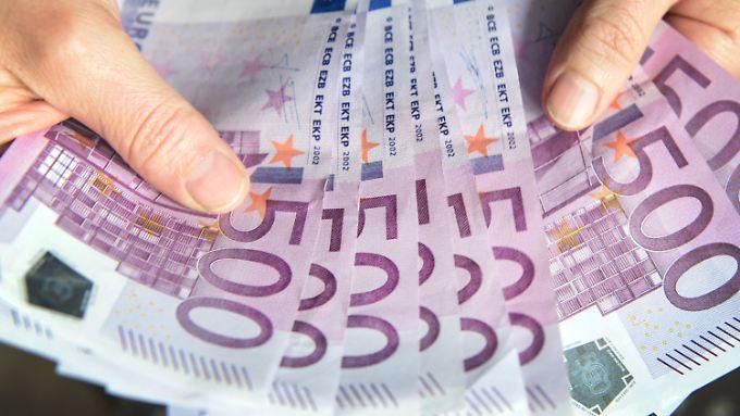 Kritiker warnen vor Niedrigzinsen: EZB will den 500-Euro-Schein verbannen