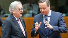 Juncker im Gespräch mit Cameron