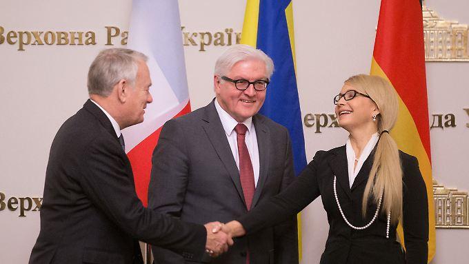 Ayrault und Steinmeier treffen Timoschenko - sie ist weiterhin eine der Schlüsselfiguren der ukrainischen Politik.