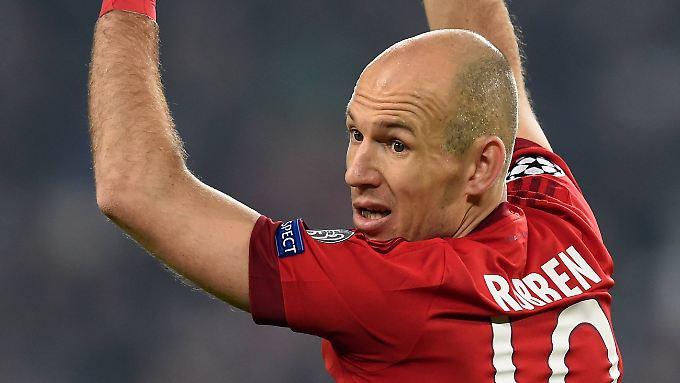"""""""Wir müssen einfach so spielen wie die ersten 60 Minuten - nur 30 Minuten länger"""": Arjen Robben."""