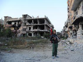 In Libyen herrscht Krieg: Hier ein Blick auf einen zerstörten Straßenzug in Bengasi.