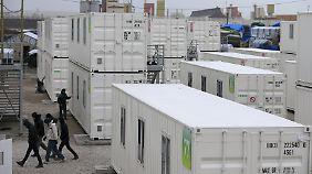 In solchen Container-Städten wollen die Behörden die Flüchtlinge unterbringen.