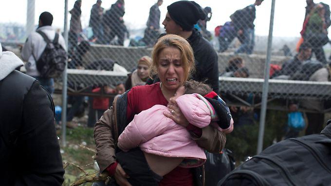 Szene von der griechisch-mazedonischen Grenze