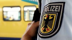 Polizist in Hannover am Hals verletzt: Wurde 15-jährige Messerstecherin von IS angestiftet?