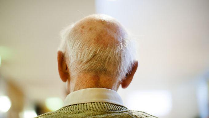 Die Bevölkerung in Deutschland wird immer älter.