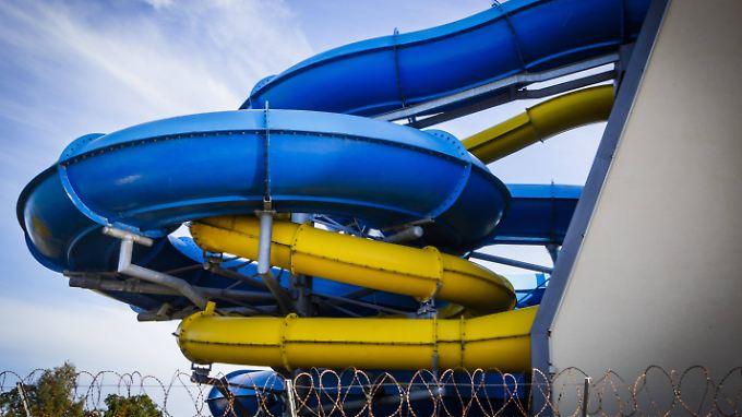 """Das """"Arriba""""-Spaßbad in Norderstedt hat nun ein neues Sicherheitskonzept. Dazu gehören gesonderte Rutschzeiten für Frauen."""